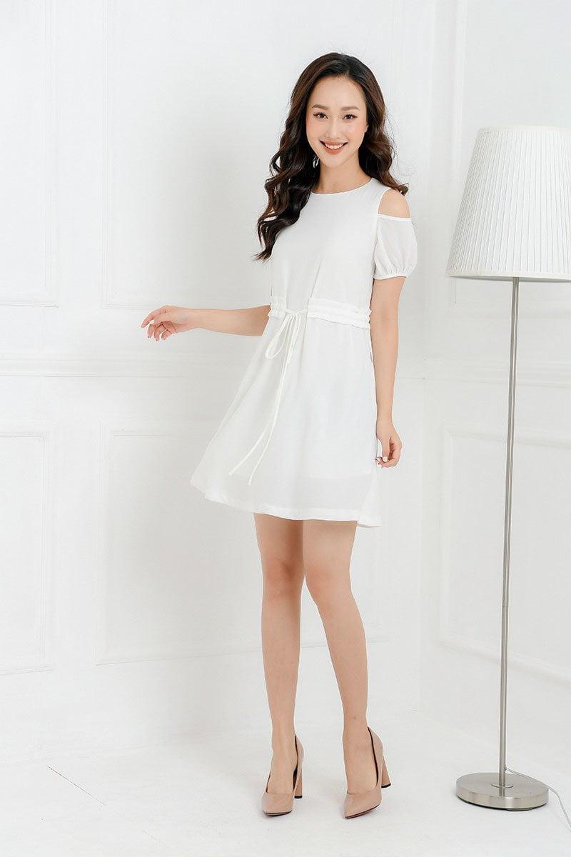 Đầm xòe rút dây eo trắng