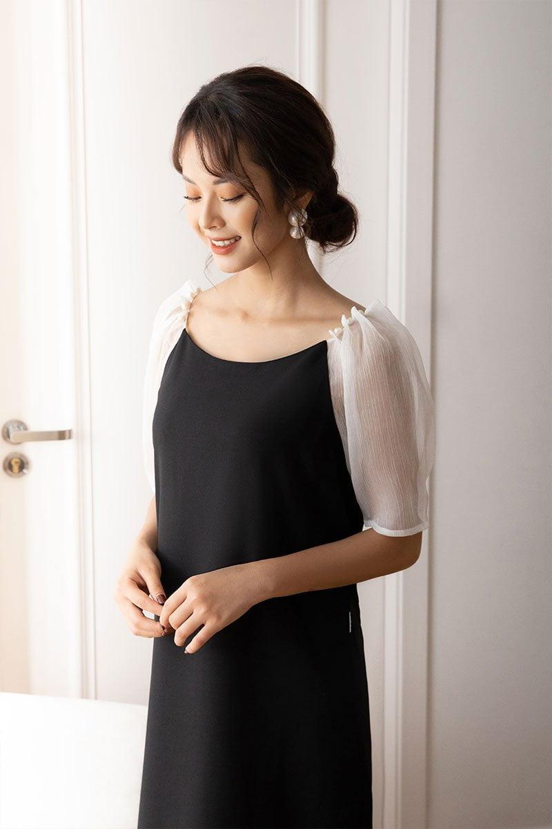 Đầm suông CT CA tay xếp ly đính ngọc đen