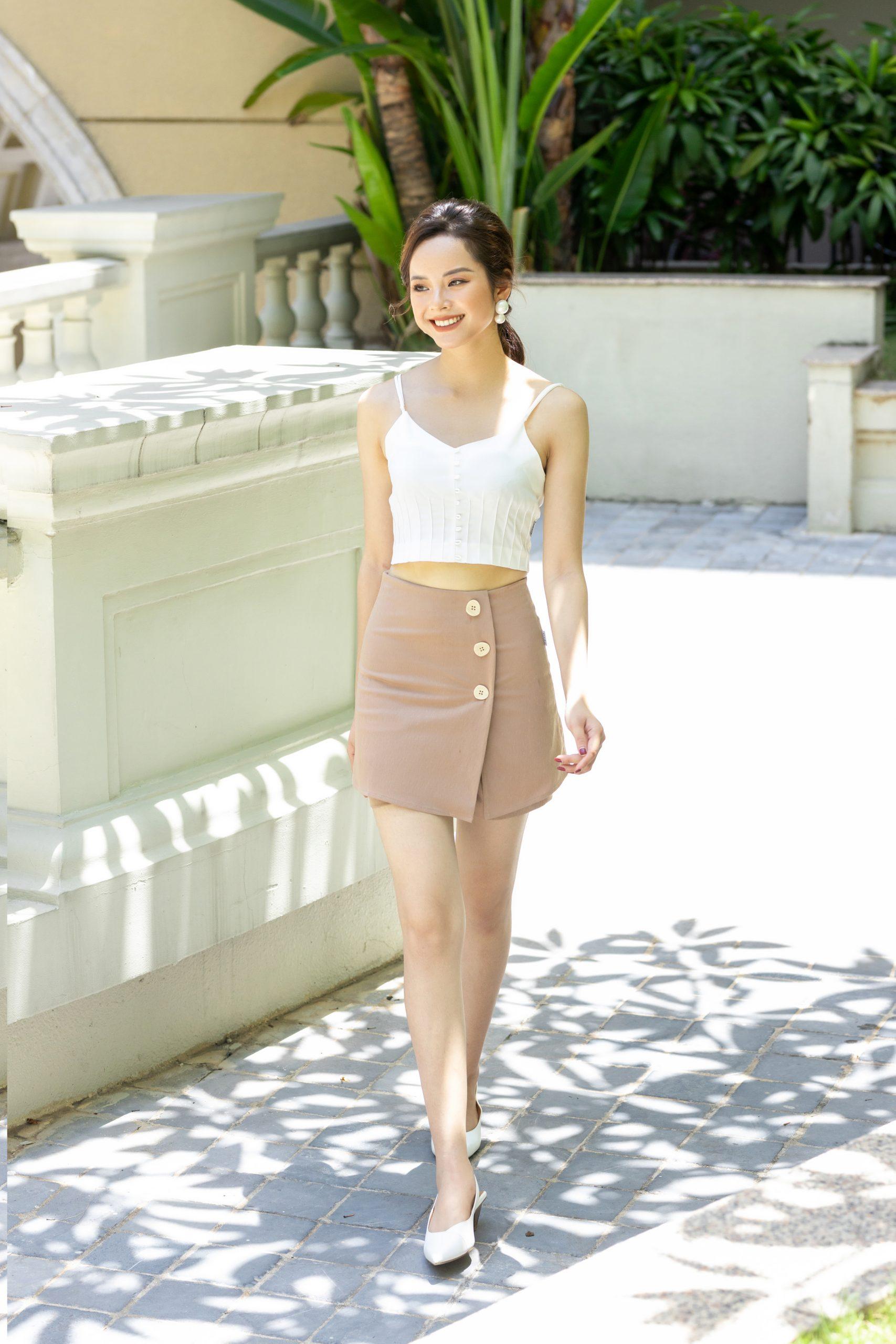 Phối đồ với chân váy ngắn
