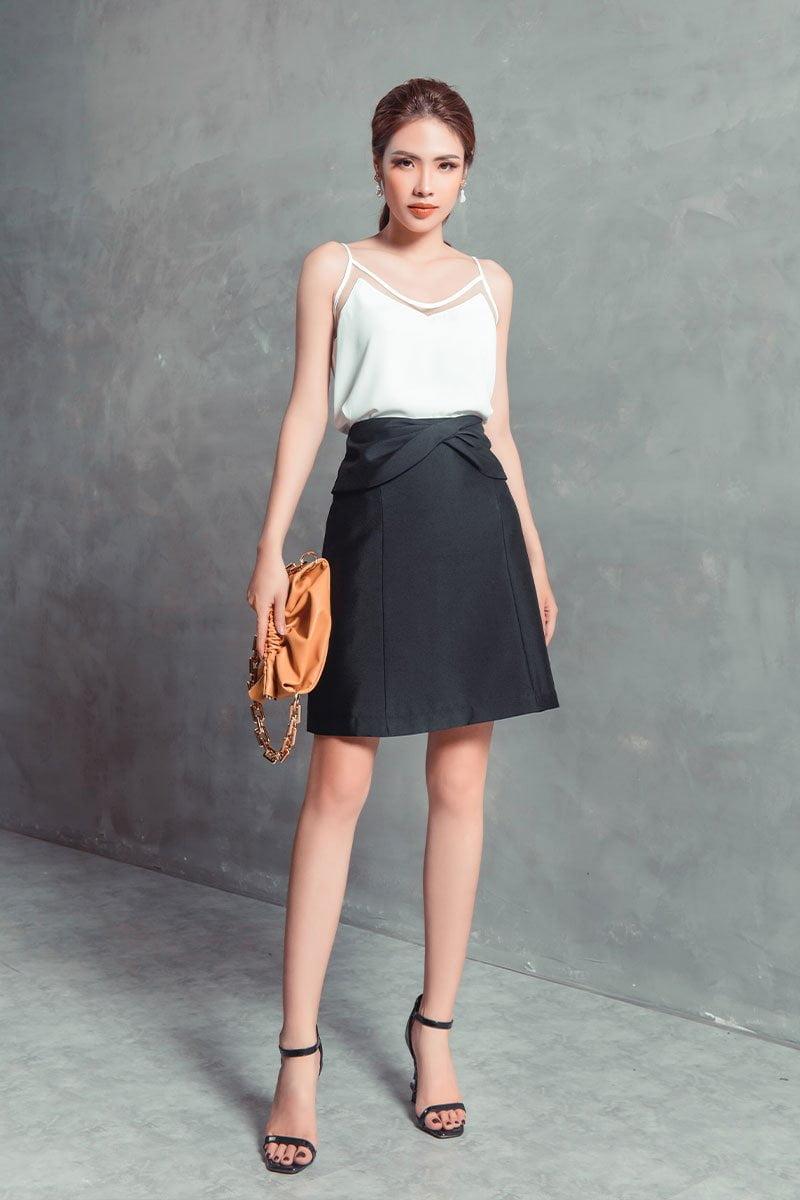 Chân váy A CA xoắn eo đen