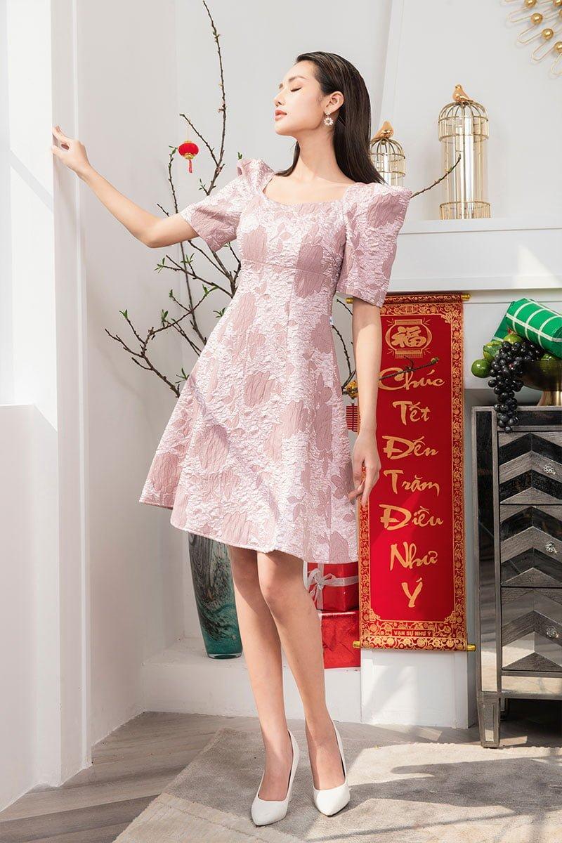 Đầm xòe CT CA cổ vuông vai bồng hồng