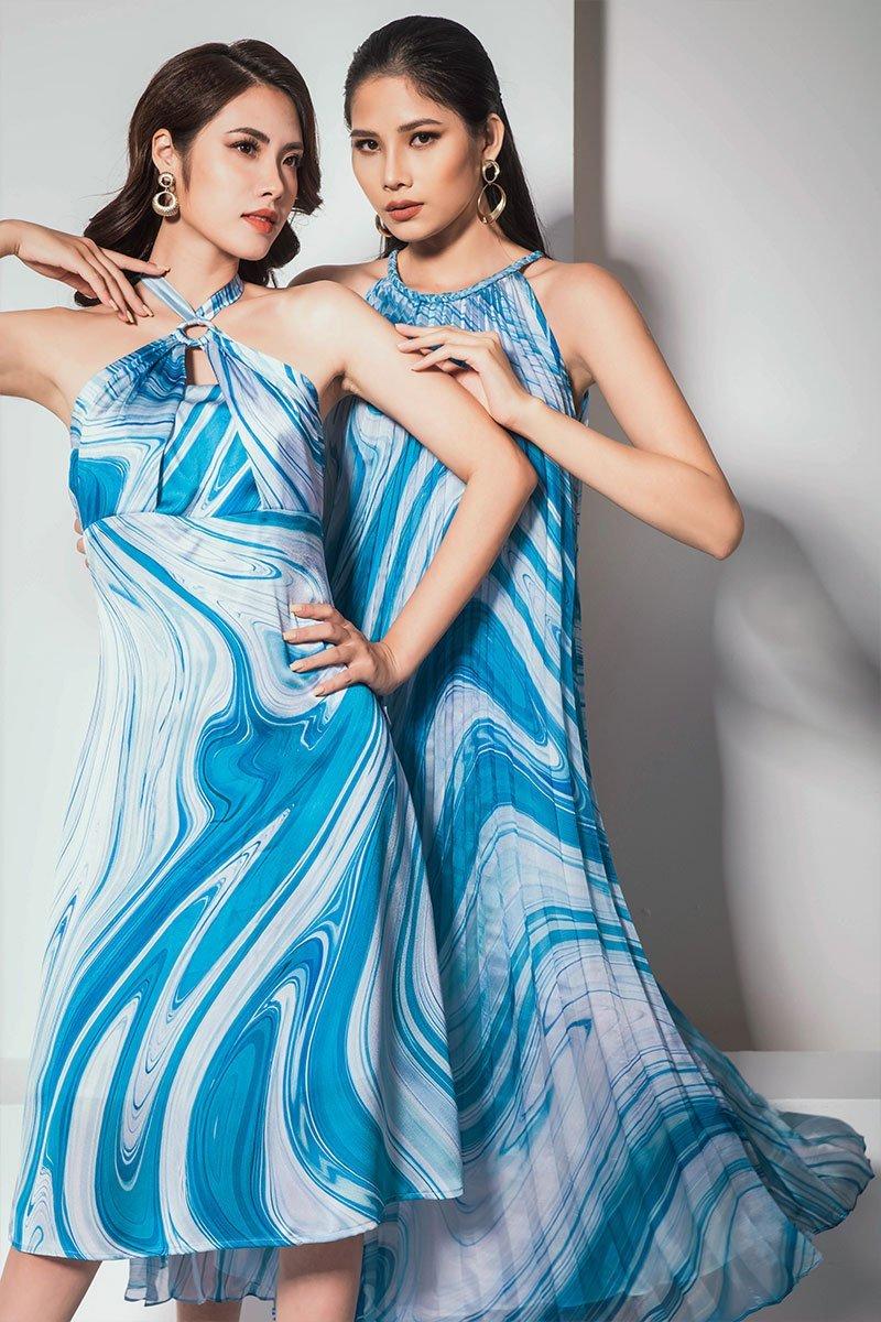 Đầm xòe cổ yếm đáp ngực xanh dương