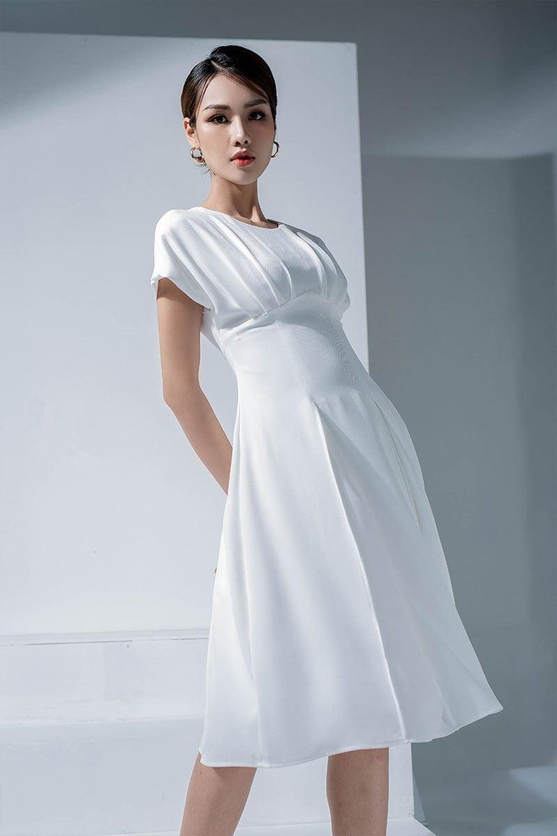 Đầm xòe tay chờm xếp ly ngực trắng