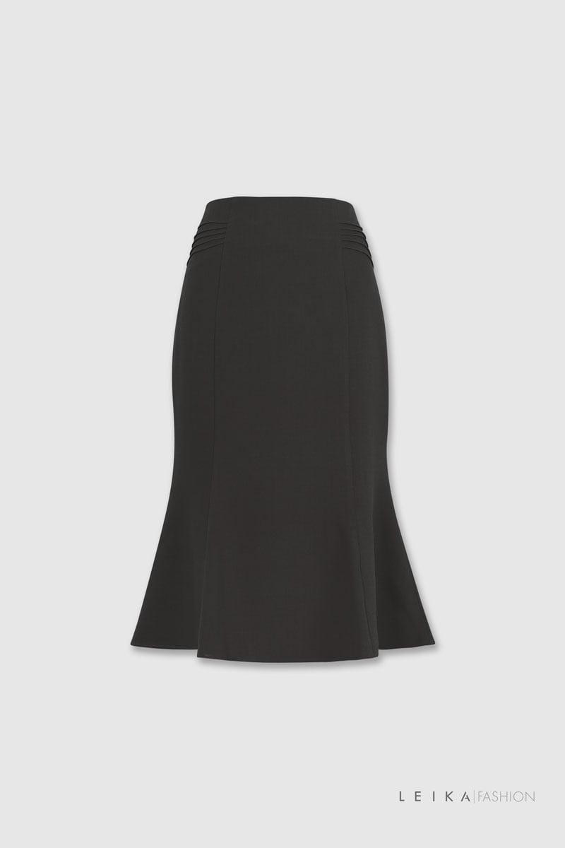 Chân váy đuôi cá xếp ly hai bên sườn đen