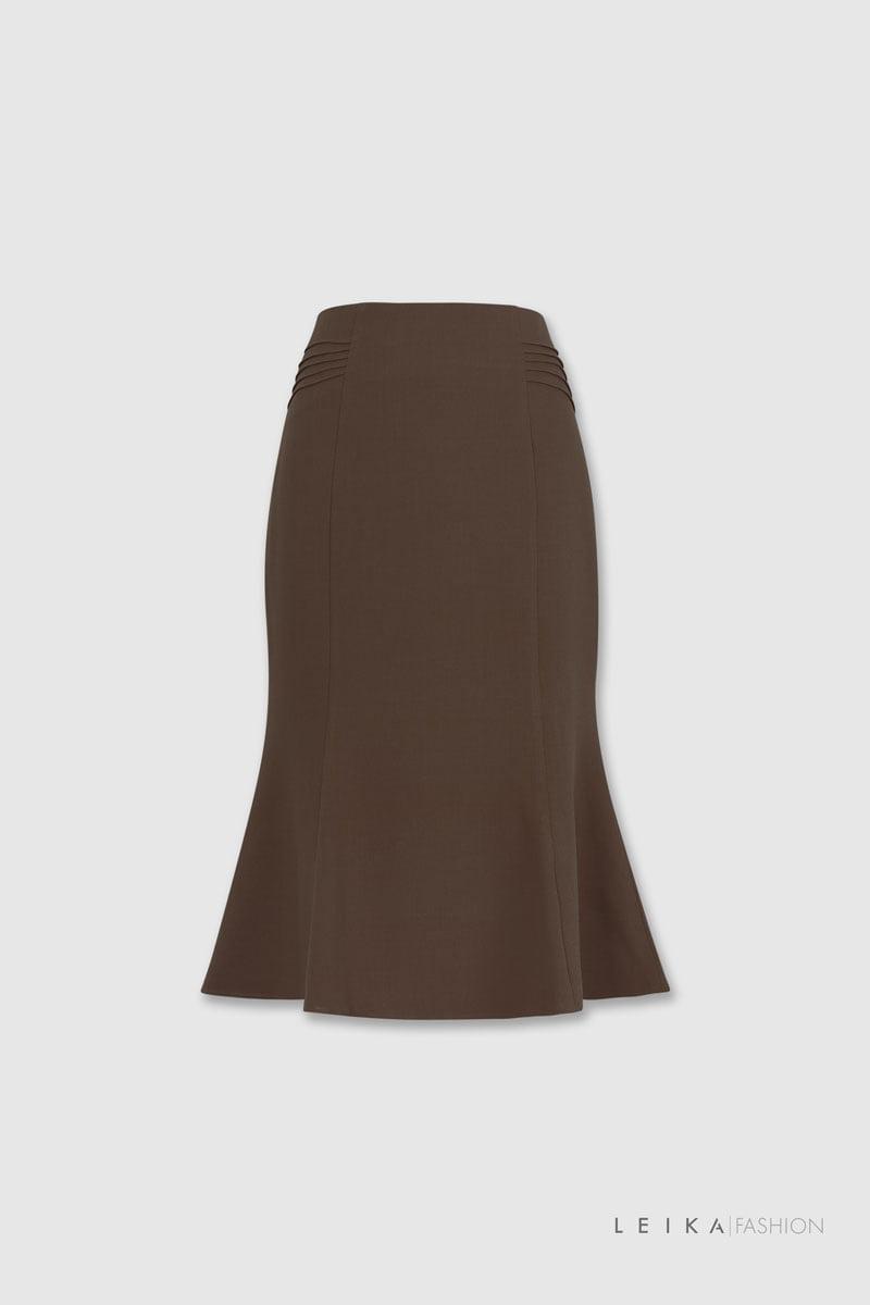 Chân váy đuôi cá xếp ly hai bên sườn nâu