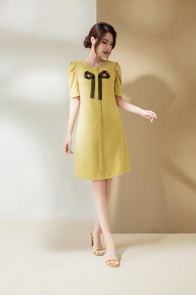 Đầm suông CT nơ ren cổ vàng